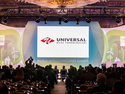 Universal Dünya Akıllı Şehirler Zirvesi'nde
